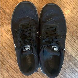 Nike Flex run in black